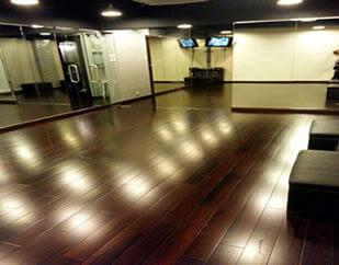 亞皆老街43-49號雅隹樓12樓49室